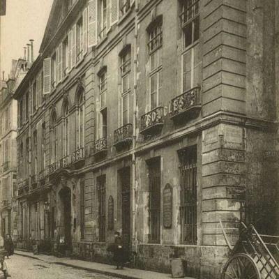 Rue Saint-Merri, 12