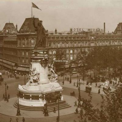 SIC 8 - PARIS - Place de la République