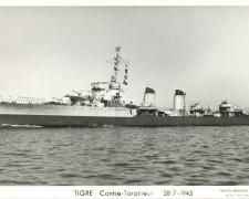 Contre-torpilleur TIGRE  28-7-1945