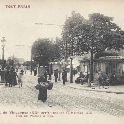 Tout Paris 261 - Station du Métro pris de l'Usine à Gaz