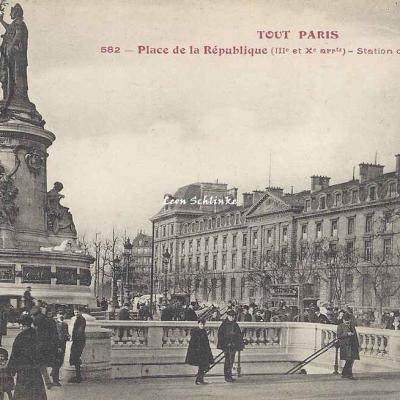 Tout Paris 582 - Place de la République - Station du Métropolitain