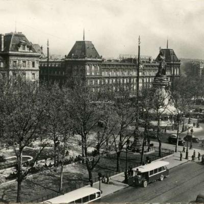 UAT 9 - PARIS - Place de la République (1854-1862)