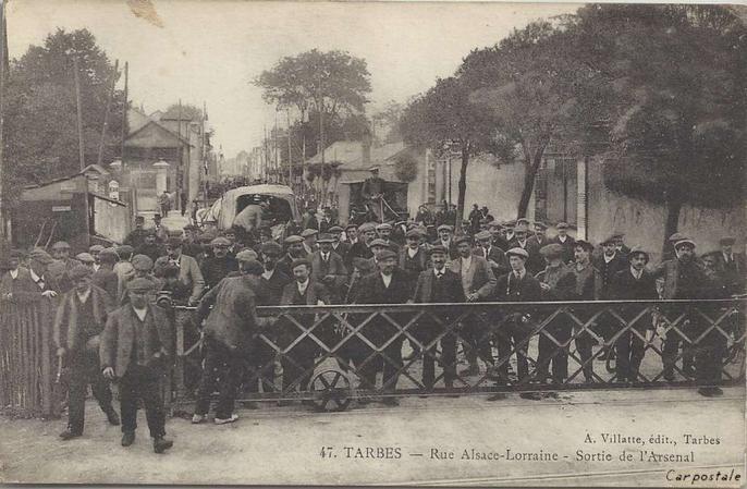 Villatte 47 - TARBES - Rue Alsace-Lorraine - Sortie de l'Arsenal