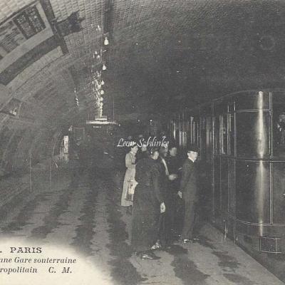 CM 454 - Vue intérieure d'une Gare Souterraine