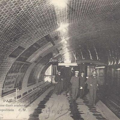 CM 692 - Vue intérieure d'une Gare Souterraine