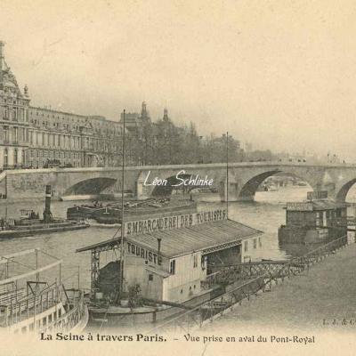 Vue prise en aval du Pont-Royal