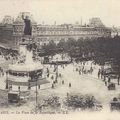 XX 1929 - La Place de la République