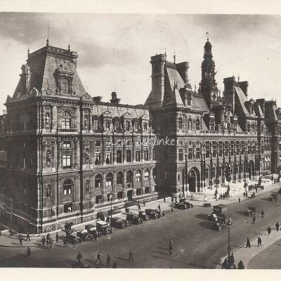 Yvon 40 - L'Hôtel de Ville