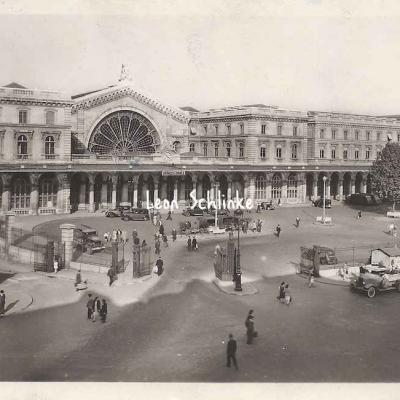 Yvon B.121 - Gare de l'Est