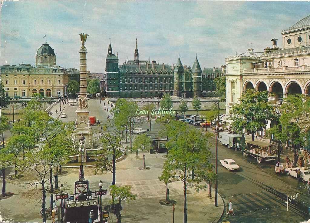 Yvon EKB 6705 - Couleurs et Lumière de France - Place du Châtelet