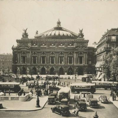 Yvon I.B. 529 - Paris en flanant - Place de l'Opéra