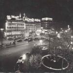 Yvon - IB 694 - Place Pigalle la nuit
